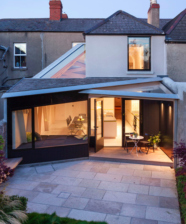 Modern Home Additions: 6 Traditional Homes With Modern Additions: Hardly Tacked