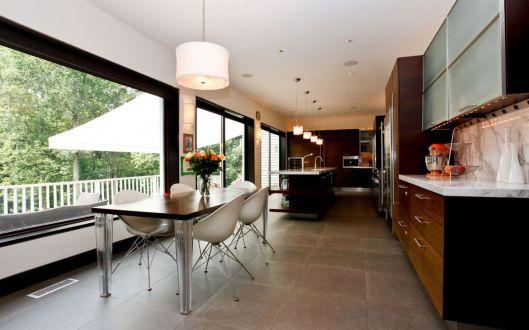 722 bedford road kitchen