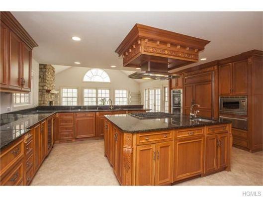 8 seymour place kitchen