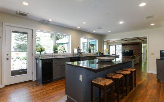 18 tallwoods kitchen