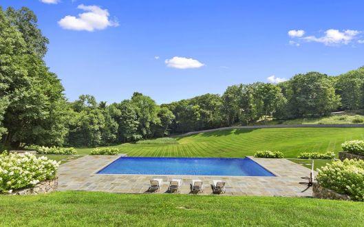 2 dellwood pool