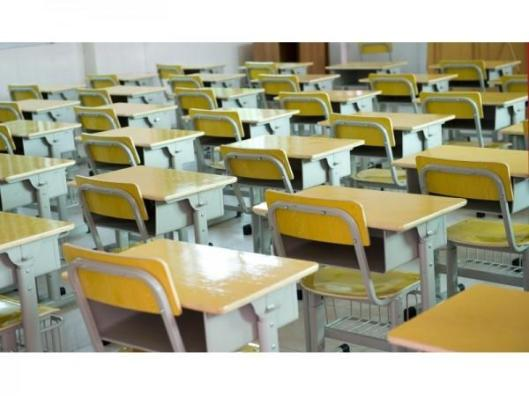 school_desks