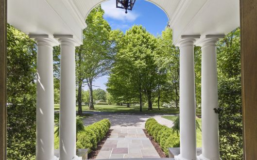 723 bedford pillars