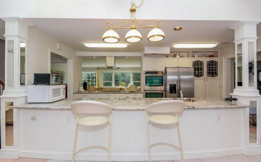 2 spruce kitchen