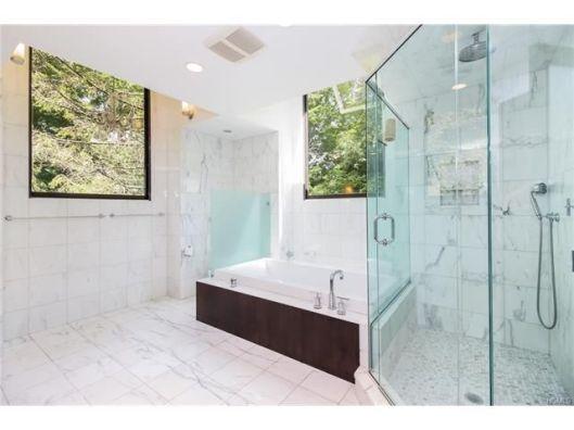7 stone hollow bath
