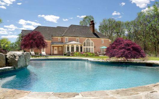 35 smith farm pool